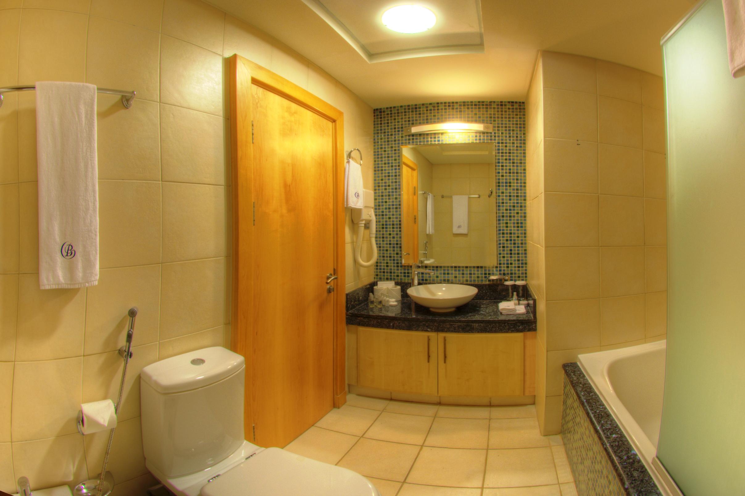 Two Bedroom Partial Sea View Twin room  Bathroom