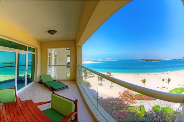 One Bedroom Apartment Balcony Direct Sea Veiew
